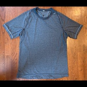 LULULEMON Men's Reversible Training Shirt Size L
